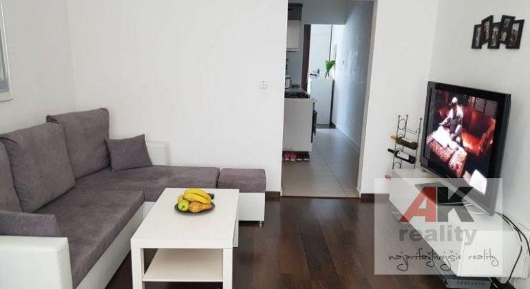 Predaj 1,5 izbový byt Malacky, ulica D. Skuteckého