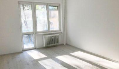 Na predaj zrekonštruovaný 3 izbový byt v Ružinove
