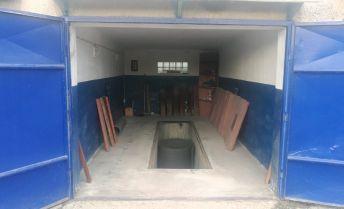 PRENÁJOM - garáž 18 m2 Garážová ulica Prievidza