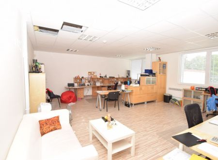 Kancelárske priestory na prenájom, Piešťany 150m2 + 75m2