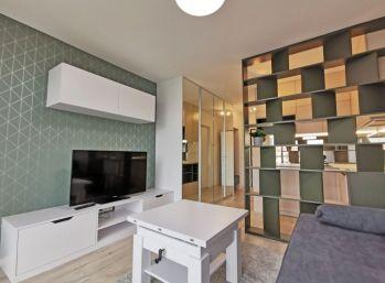 BA III.Nové Mesto- 1 izbový luxusný byt v URBAN RESIDENCE