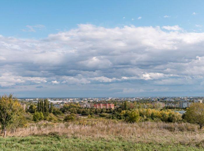 KRASŇANY, pozemok, 1742 m2 – exkluzívna INVESTIČNÁ PRÍLEŽITOSŤ, ideálna orientácia, mesto AKO NA DLANI