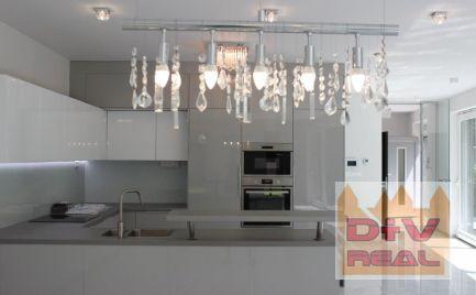 D+V real ponúka na prenájom: 5 izbový rodinný dom, ešte neobývaný, záhrada, parkovanie pre 5 áut, zariadenie dohodou
