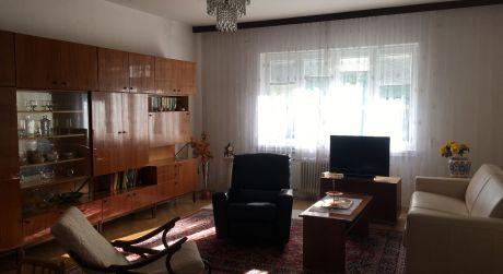 Prenájom 3 izbového bytu na Lermontovovej ulici priamo v centre