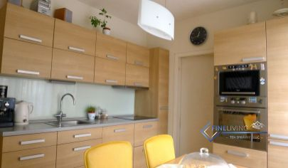 Elegantne zariadený 3 - izb. byt s loggiou