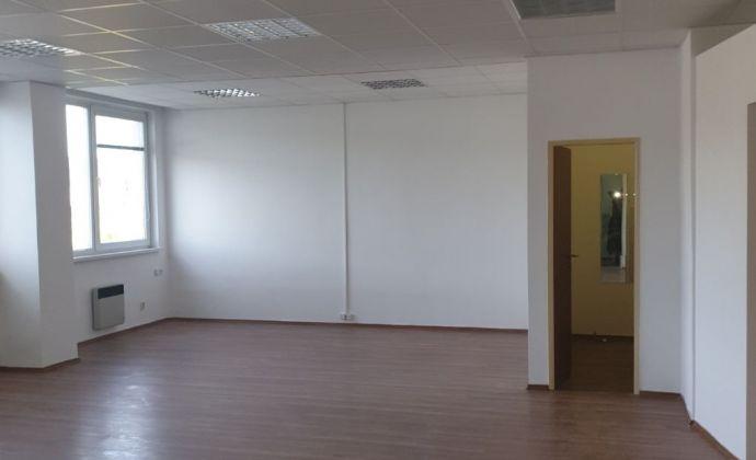 Kancelárske priestory /75m2/ na Hattalovej ulici v blízkosti Polusu