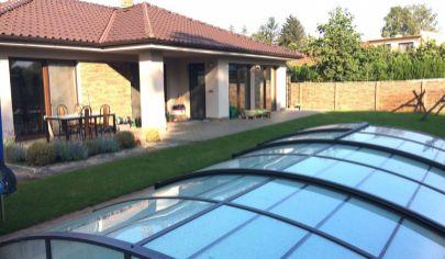 Exkluzívne iba v APEX reality 5i. novostavba RD v Leopoldove, bazén, pozemok 823 m2