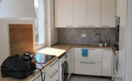 Prenájom moderný SMART 2 izbový byt s loggiou Nobelova ul. Nové Mesto