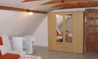 Exkluzívne  - podnájom garsónka 25 m2,  Bojnice - kúpele