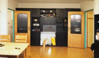 Na predaj priestranný 3-izbový byt v Ružinove