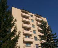 1- izbový byt s balkónom na ulici Ľ.Fullu , Zvolen