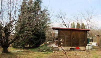 Na predaj chata so záhradou, Stupava, Suchý vrch.