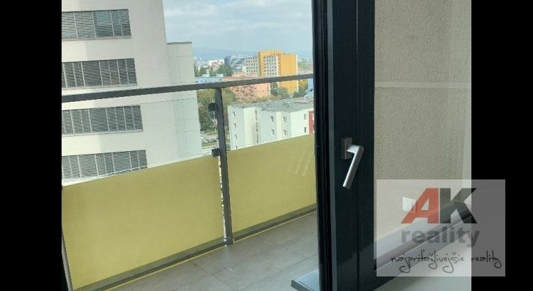 Prenájom 2 izbový byt Bratislava-Ružinov, Jarabinková