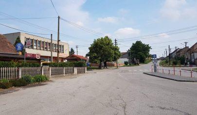 Hľadám súrne pre konkrétneho klienta stavebný pozemok alebo rodinný dom v okrese Malacky