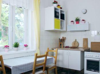 4-izbový byt v dome so záhradou a garážou