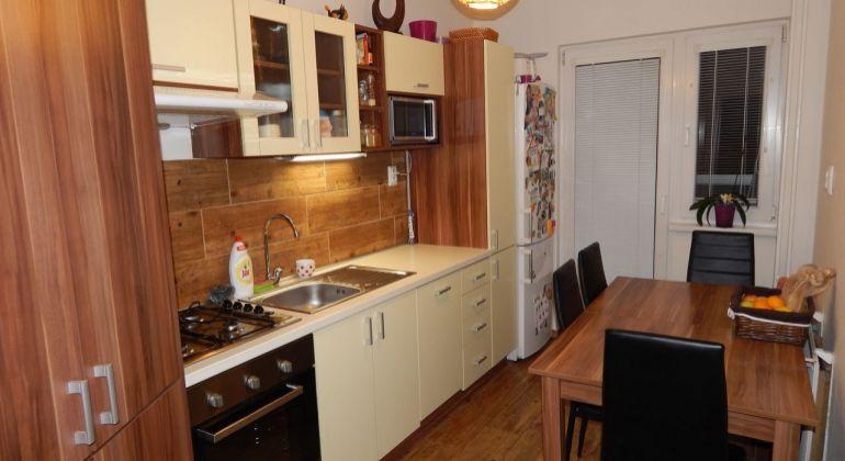 Na predaj 3 izbový byt, 63 m2, Žiar Nad Hronom