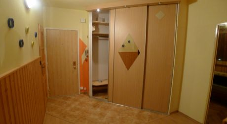 Na prenájom 3-izbový byt v Topoľčanoch v centre