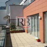 Pekné kancelárie a terasou na Dunajskej ulici, 157m2