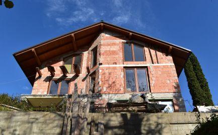 Predaj nadštandardného rodinného domu v Považskom Chlmci