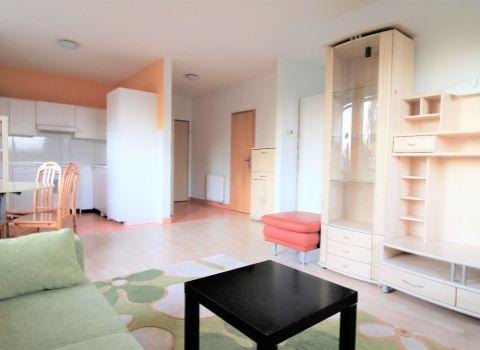 Na prenájom slnečný 2 izbový byt v novostavbe na Petržalskom korze