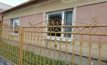 Na predaj rodinný dom v obci Búč.