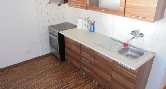 Na predaj priestranný 3izb byt s loggiou v Lučenci