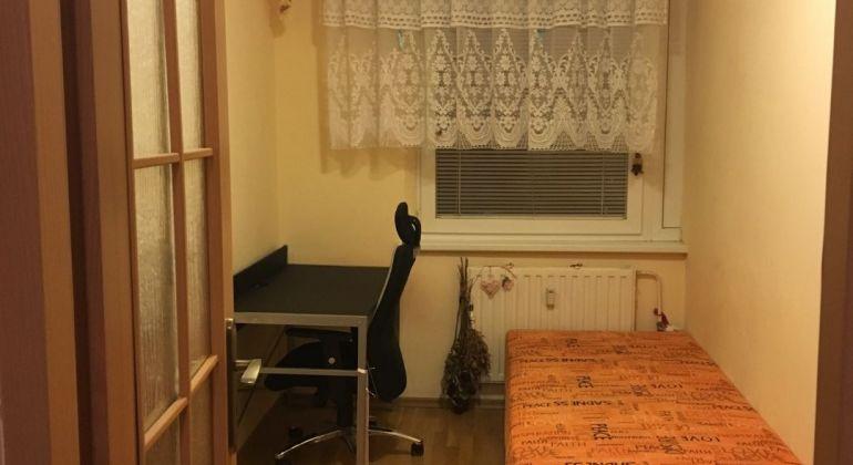 Predaj 3 izbový byt Bratislava-Petržalka, Znievska ulica.