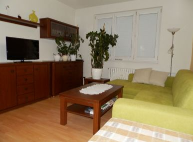 MAXFIN REAL- Na predaj 2 iz. byt  v meste Vráble, po rekonštrukcii s výhľadom.