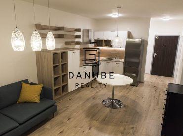 Prenájom 2-izbový byt 57 m2 s veľkým balkónom a garážovým státím v novostavbe NUPPU v Prievoze.