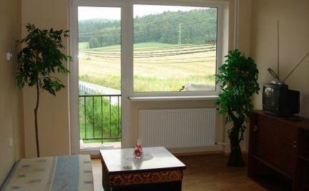 Veľký tehlový 3 izbový byt 71 m2 s lodžiou,   Banská Bystrica – Cena 91 900€