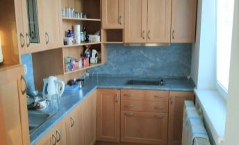 BA II., Ružinov, 1-izbový byt s garážovým státím na Pažítkovej ulici