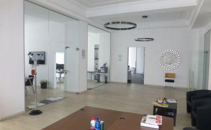 Na prenájom zrekonštruované kancelárske priestory v Starom meste, aj s možnosťou kúpy.