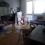 Na predaj 2 izbový byt na Veľkomoravskej ulici v Malackách