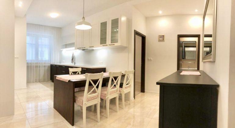 Luxusný 3 izbový byt v centre Bratislavy na prenájom - VIDEOPREHLIADKA