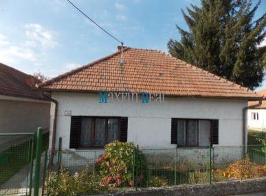 Na predaj rodinný dom - Šárovce