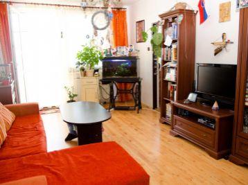 Predaj 3 izb. bytu s balkónom - Pezinok - Za dráhou