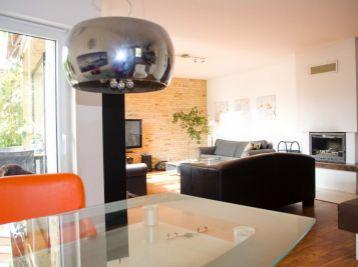 Príjemný 5 izb. bungalow s garážou v Limbachu na veľkom 823 m2 rovinatom pozemku