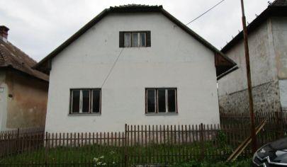 SKLENÉ rodinný dom na poz. 2240m2, okr. Turčianske Teplice