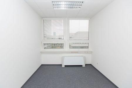 IMPEREAL - prenájom, kancelársky priestor 12,71 m2, 7. posch., Plynárenská ul., Bratislava