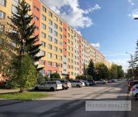 ZNÍŽENÁ CENA: Veľký 3- izbový byt v Radvani, Banská Bystrica