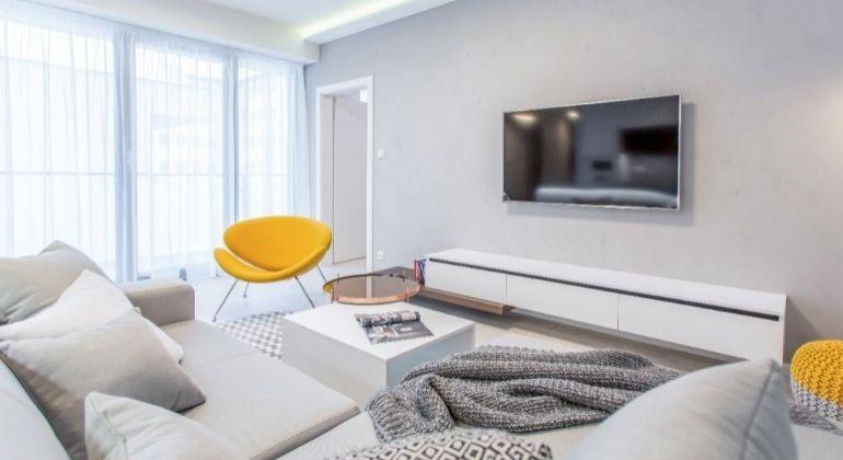 Prenájom - luxusný, dizajnérom zariadený 2 izbový byt v novostavbe s parkovaním, Bratislava-Staré Mesto, Jozefská ulica