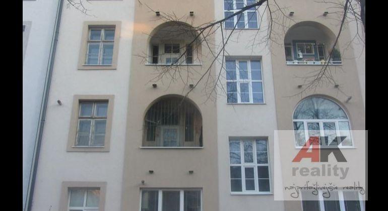 Predaj 3 iz. Byt Bratislava – Nové mesto