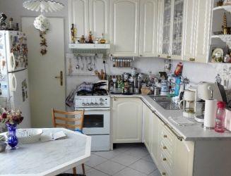Predaj veľkého 3 izbového bytu v centre Levíc