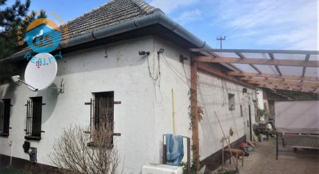 Na predaj rodinný dom 3+1, terasa, 478 m2, Bzince pod Javorinou - Hrušové