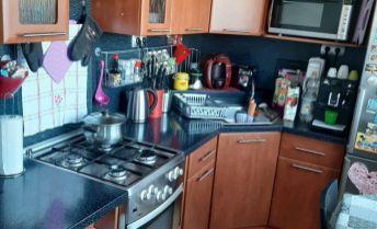 Na predaj 2,5 izbový, kompletne zariadený byt Silvanská