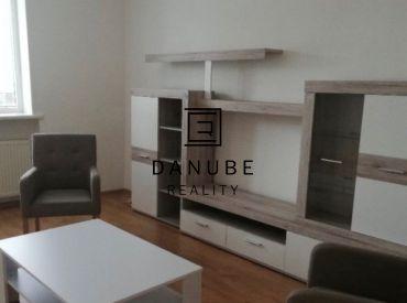 Prenájom 2 - izbového bytu na Alstrovej ulici, Bratislava - Rača.