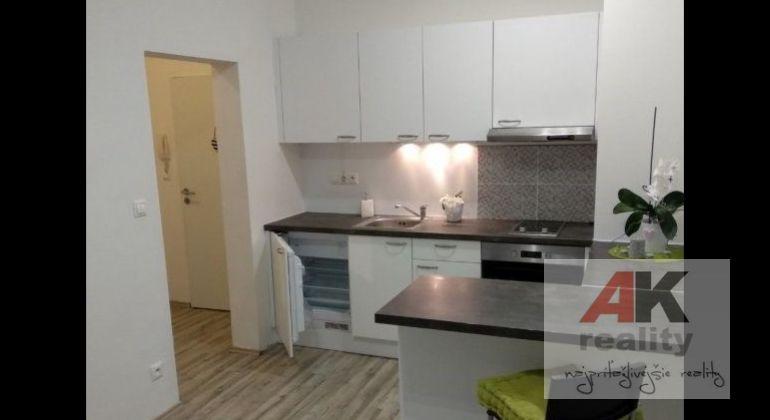 Predaj 2 izbový byt Bratislava-Ružinov, Vlčie hrdlo
