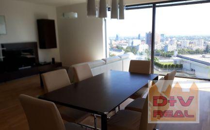 D+V real ponúka na prenájom: 4 izbový byt, Na Varte, novotavba Minergo,  Koliba, zariadený, parkovanie pre dve autá, 10m2 terasa
