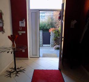 StarBrokers - Úplne tiché bývanie v RD s krásnou záhradou a vínnou pivnicou, súkromie v slepej ulici na Trnávke