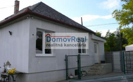 REZERVOVANÝ! Rodinný dom na predaj v obci Blatná na Ostrove